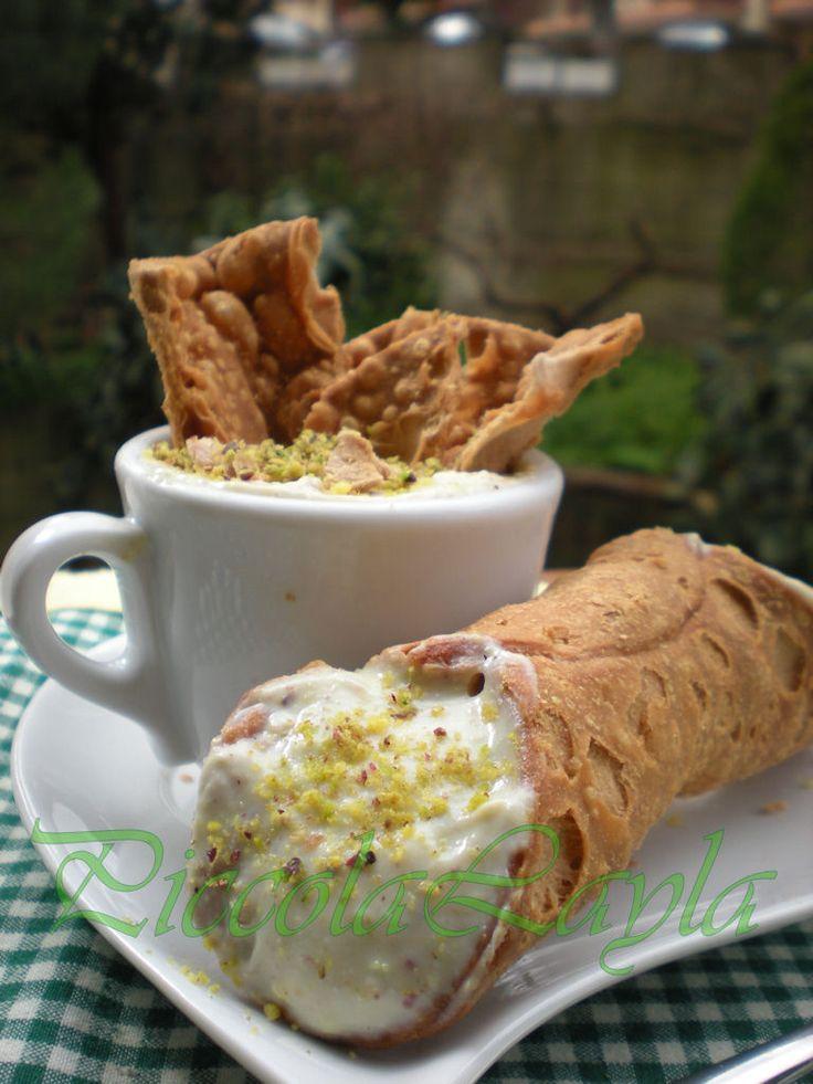 cannolo ricotta e pistacchio