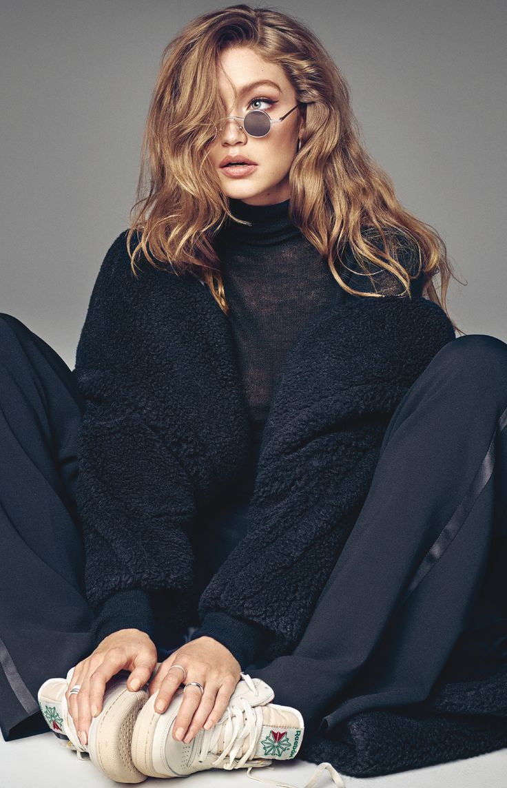 0a6e0fa1 Gigi Hadid Vogue Korea September 2017 | Bella | Gigi hadid, Gigi ...