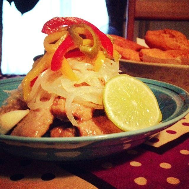 ジャマイカ料理秋刀魚版✌ 和食続きだったので秋刀魚で無理矢理ジャマイカ料理。アオブダイなんて札幌じゃ手に入らないんだもーん - 151件のもぐもぐ - ジャマイカン・エスコビッチ フィッシュ by cocoatea