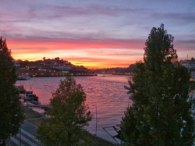 Porto - Best. Sunset. Ever. at Espaço Porto Cruz | Sidewalk Safari