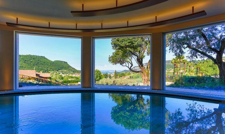 Che ne pensate di trascorrere la vostra vacanza sul Lago di Garda? Poiano Resort Hotel vi offre attività e benessere a 360°, per rendere il tuo soggiorno ancora più indimenticabile! www.benessere-viaggi.com