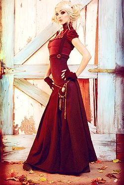 Red steampunk outfit, oh my..I'm so in love!