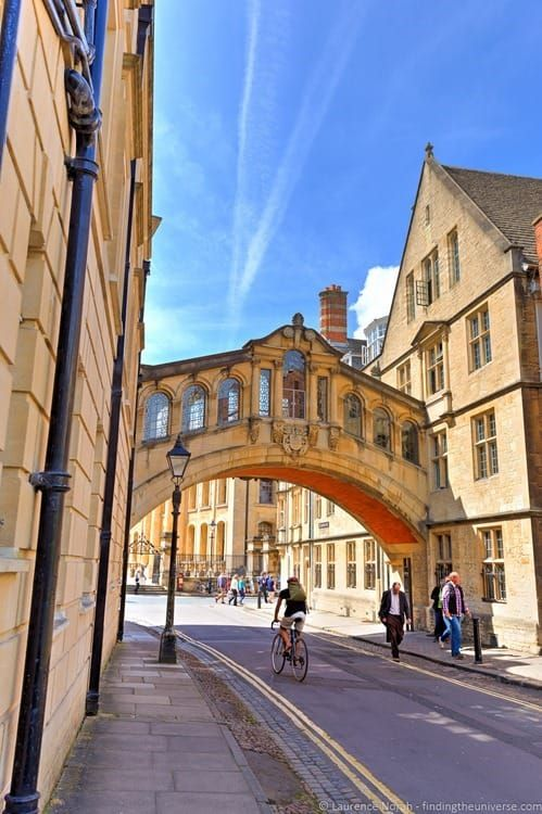 Bridge of Sighs -  6 ways to spend a day in Oxford, England