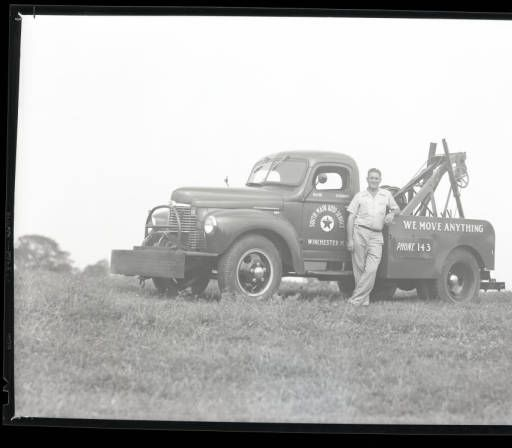 South Main Auto Service (Winchester, Ky.) :: William B. Ogden Studio Negatives Collection