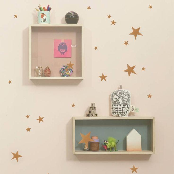 Ferm Living muurstickers koper sterren  17,50 online bestellen bijv. www.wonenmetlef.nl