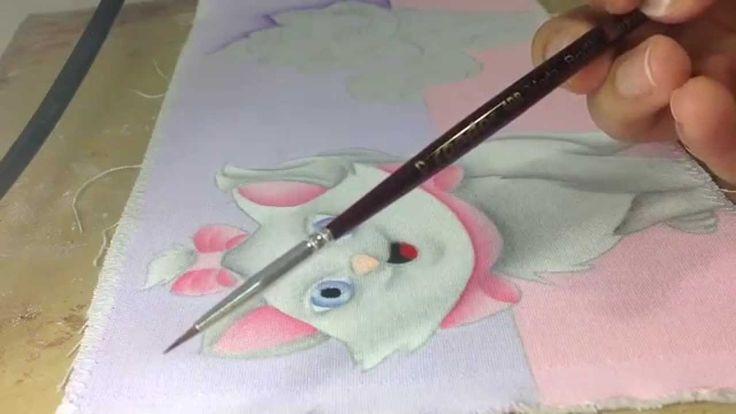 Thanynha Avila- Passo a passo gata Marie , pintura em tecido.