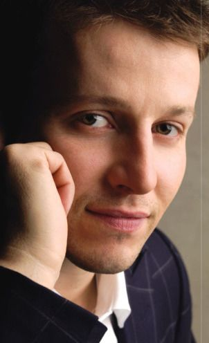 Will Estes (JJ Pryor) from American Dreams.He also plays Jamie Reagan from Blue Bloods.