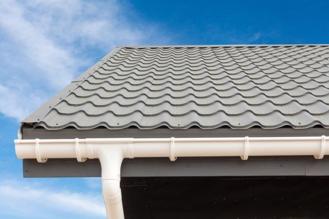 Light Colored Shingle Style Metal Roofing Piedmont Roofing Metal Roof Roof Architecture Roofing