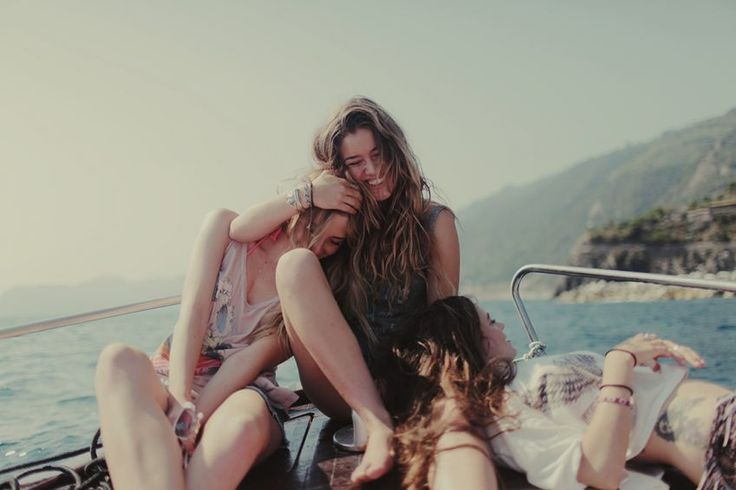 Οι φίλοι σου είναι η σωτηρία σου | Pillowfights.gr
