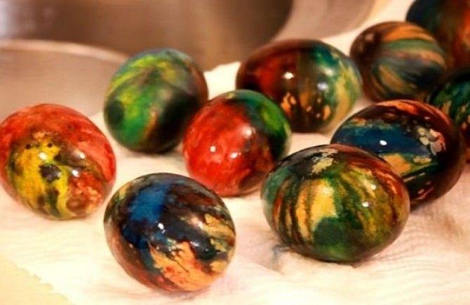 Farbanje jaja na pari: Tako laka i jeftina metoda, svima uspeva!