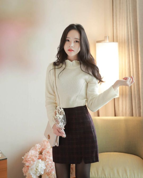 Feminine Lace Knit Sweater