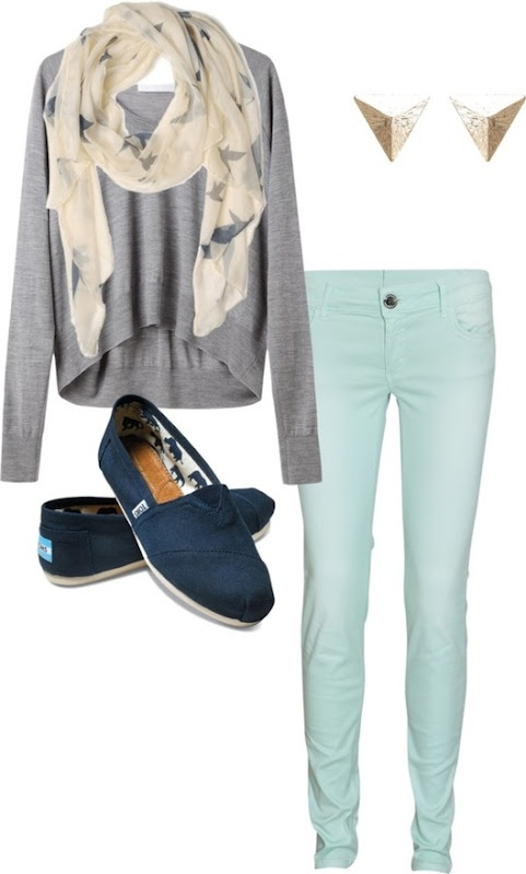 Casual teal and gray outfit fall fashion