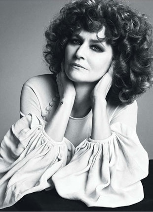 The amazing Melissa Leo.
