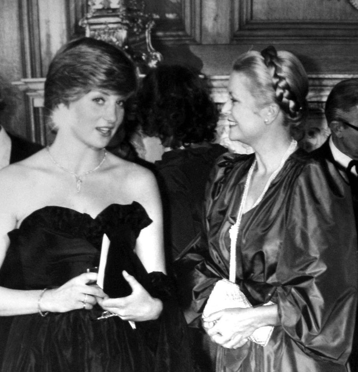 Princess Diana + Princess Grace. Probably the most beautiful picture I've ever seen.: Princess Grace, Royal Family, Monaco, Grace Kelly, Lady Diana Spencer, Princesses, Princess Diana, Photo, Diana Princess