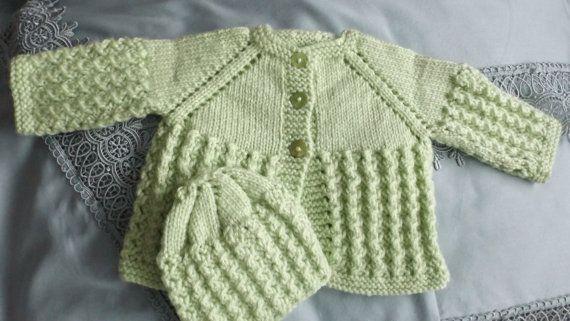 3 - 6 mois   2 pièces  beau motif  veste et tuque  vert pomme  fille  sur Etsy.com/ca/fr/shop/TricotsDiahn