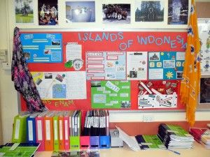 Ways to decorate classroom LOTE, MFL. Indonesian