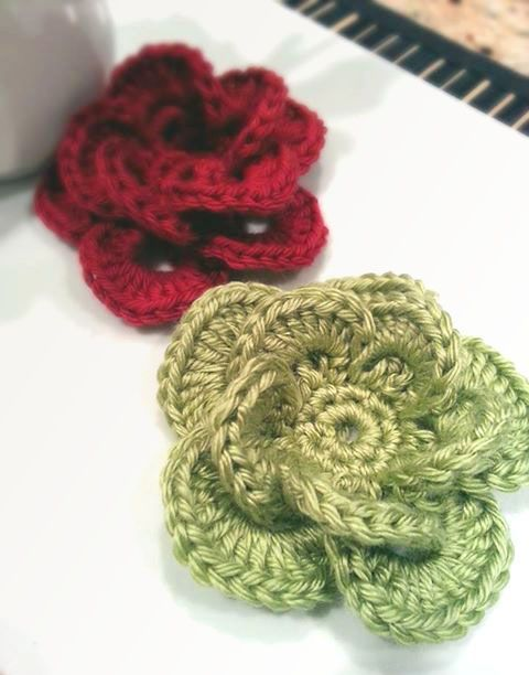 Wagon Wheel Flower #crochetcrafts #crochets