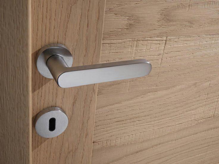 FBP porte | Collezione LAURA Dettaglio maniglia  #fbp #porte #legno #door #wood