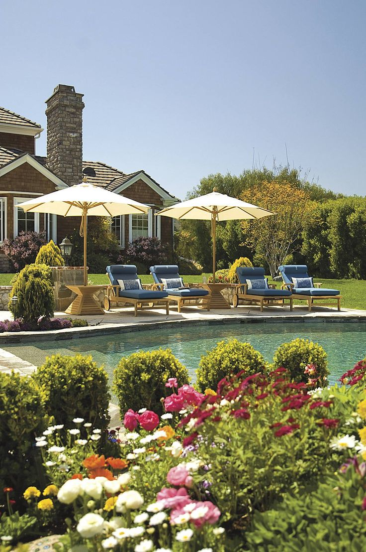 Our tour is set in Camarillo, California, where east coast architecture and lush landscaping create an elegant site for hosting unforgettable family gatherings.