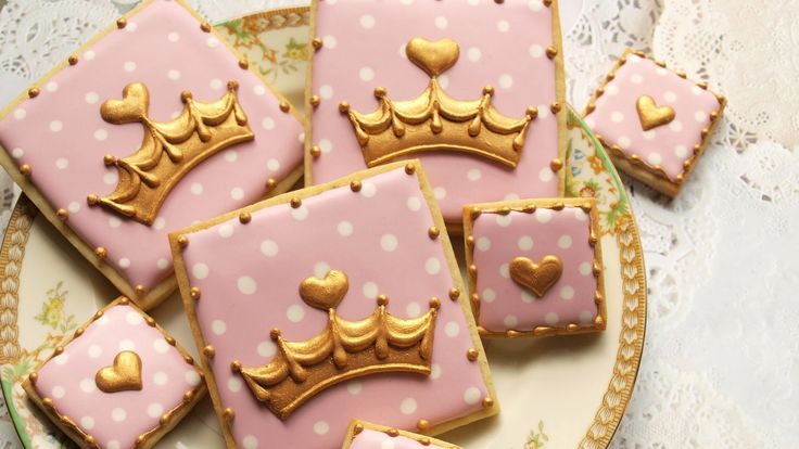 Learn how to make pretty pink and gold crown cookies fit for a princess! See all of the royal baby desserts! https://www.youtube.com/playlist?list=PLd_KUH1Sl...