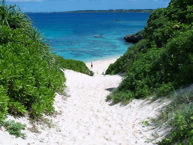 Miyakojima: one of the prettiest places on the planet. Excited to see it again with family.
