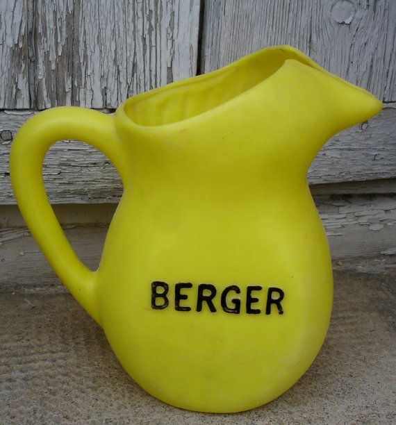 French vintage yellow Berger Anisette water pitcher, plastic jug, Bistro jug, French retro from the 1960s, made in France