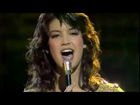 Phoebe Cates - Paradise (Discoring '82) - YouTube