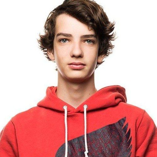 Kodi Smit-McPhee Joins Dawn of the Planet of the Apes -- The Let Me In star is reunited with director Matt Reeves in this action sequel to 2011's Rise of the Planet of the Apes. -- http://wtch.it/RD74e