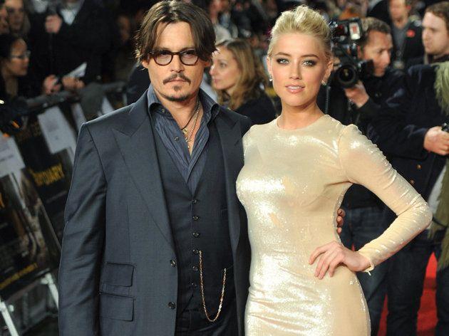 Ils ne perdent pas de temps ! Quelques jours à peine après l'annonce de leurs fiançailles, révélées à la fin du mois dernier, Johnny Depp et Amber Heard planifient déjà leur mariage, à en croire le Daily Star. Les festivités devraient avoir lieu sur l'île que l'ex de Vanessa Paradis possède dans les Bahamas.