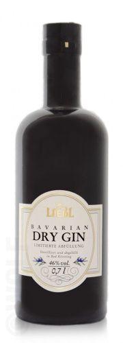 Liebl Bavarian Dry Gin - Dieser Gin wird in der Spezialitäten-Brennerei Liebl nach einem alten Familienrezept destilliert. Frische Wacholderbeeren und vollreife Zitrusfrüchte sowie das weiche Quellwasser des Bayerischen Waldes, verleihen diesem Gin ein würzig-frisches Bukett,