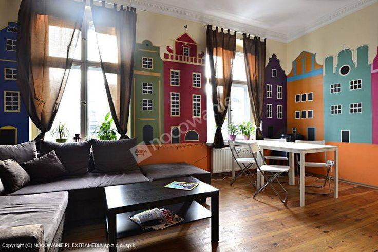Poco Loco Hostel to obiekt w Poznaniu stworzony przez podróżników. Szczegóły na: http://www.nocowanie.pl/noclegi/poznan/hostele/106312/ #accommodation #poland