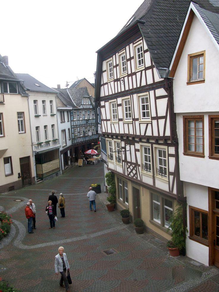 I visited my friend Monie Limpke in Linz am Rhein, Germany in 2012. I want to visit again.