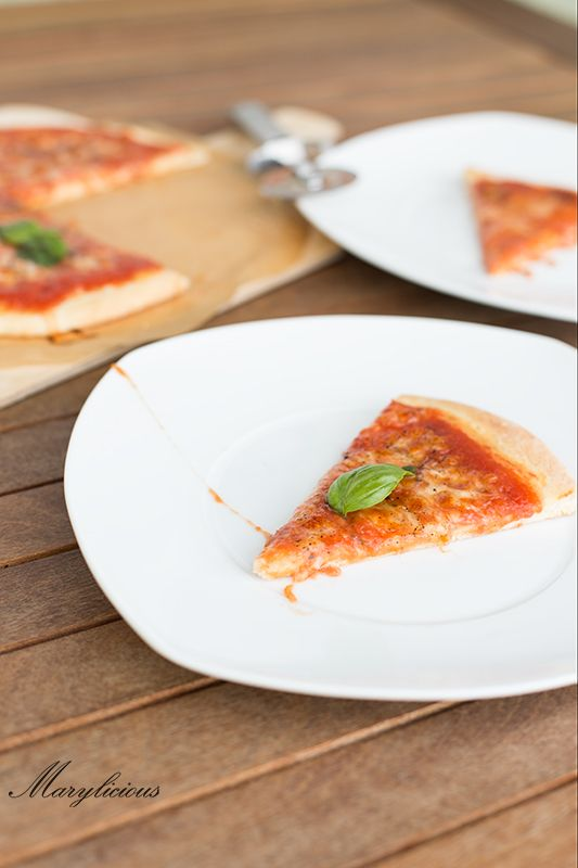 best 25 italienische pizza ideas on pinterest pizzateig hefe keine hefe pizzateig and. Black Bedroom Furniture Sets. Home Design Ideas