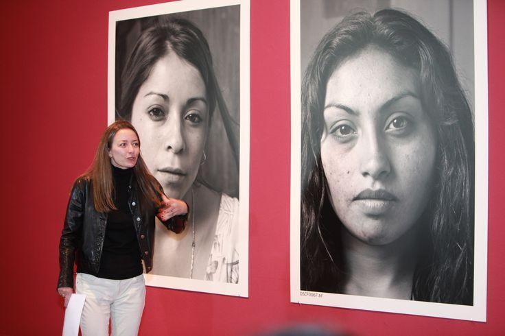 """Museo de Bellas Artes - Dialogo con la obra sobre la exposicion """"Cautivas"""" de Jorge Brantmayer - Consuela Saavedra"""