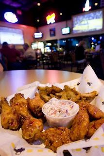 Meemo's Kitchen: BUFFALO WILD WINGS® AND BUFFALO SAUCES