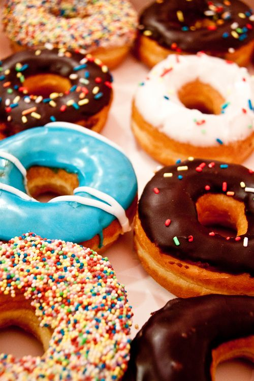 I love donuts!!!!!!!!!!!!!!!!!!!!!!!!!!!!!!!!!!! Soooooo much my cousin Maggie does too!