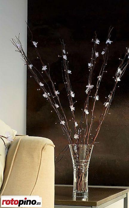 #rotopino #dremel #handmade #artesania #Flores #organza http://www.rotopino.es/noticias/flores-de-cerezo-de-organza,4470