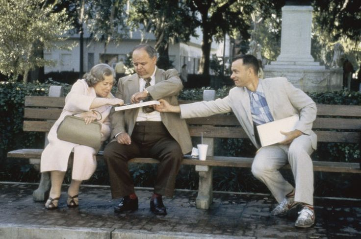 Elderly Southern Woman (Nora Dunfee), Fat Man at Bench (Bill Roberson), Forrest Gump (Tom Hanks) ~ Forrest Gump (1994) ~ Movie Stills