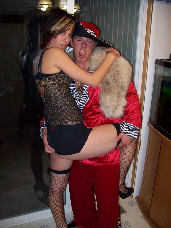 16 best Pimps and hoes party images on Pinterest | Birthdays, Anniversary parties and Birthday ...
