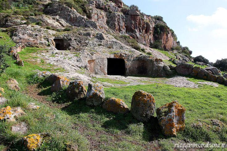 Villaperuccio - necropoli di Montessu