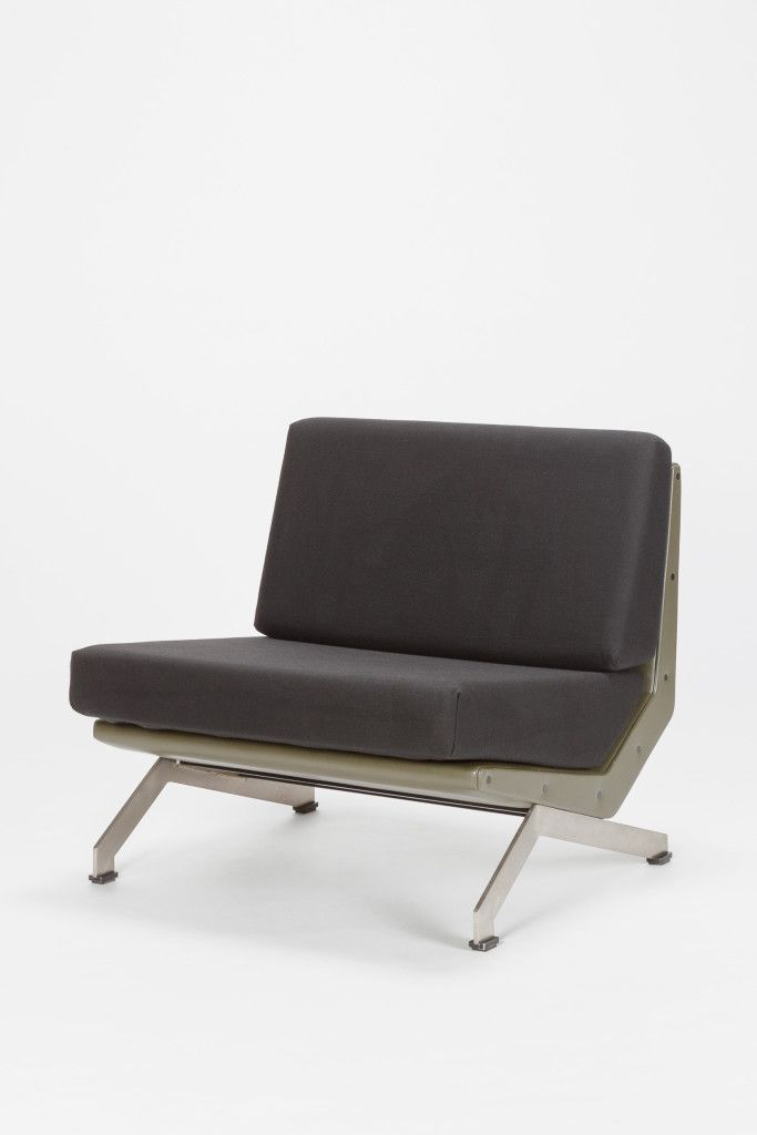 Sofa Beds Brushed flat steel base frame is made of plastic covered with skai leather new seat cushions covered
