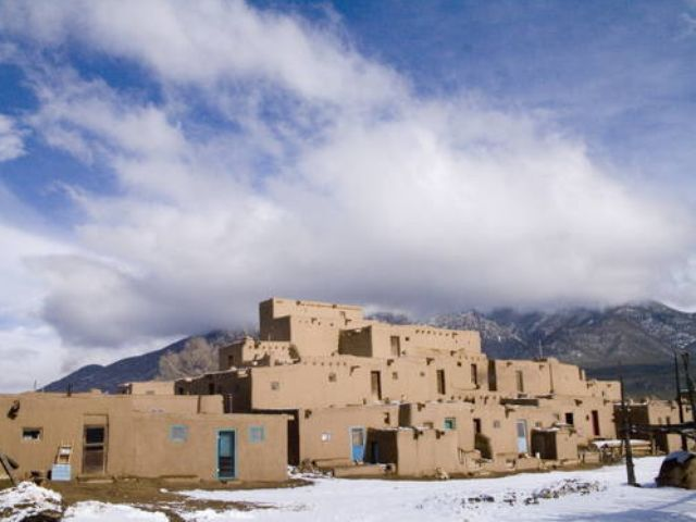 25 must-see buildings in New Mexico via @USATODAY