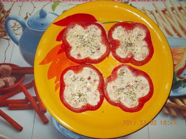 Sajtkrémmel töltött paprikák