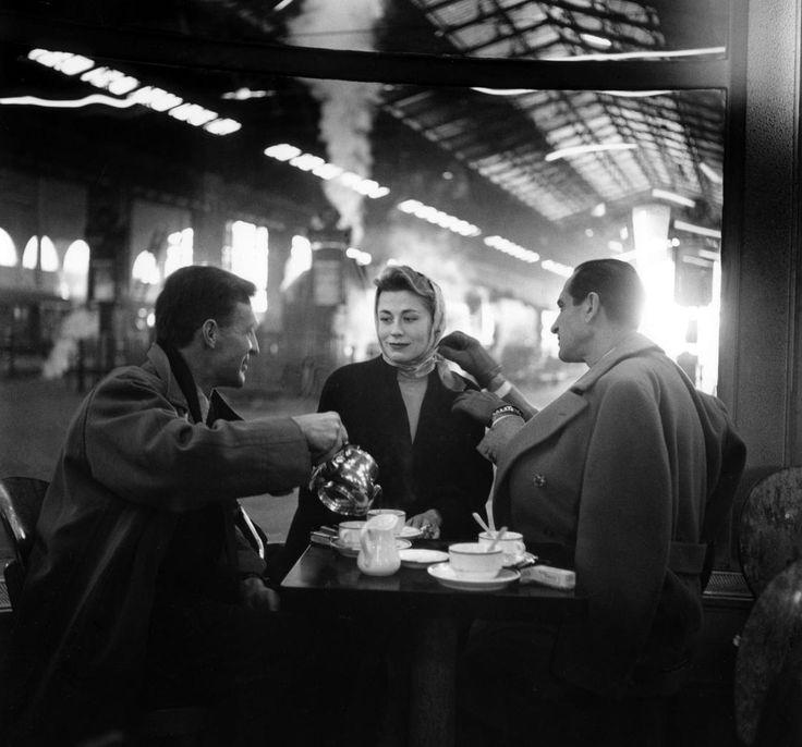 Ata Kando    Gare du Nord - Paris 1957
