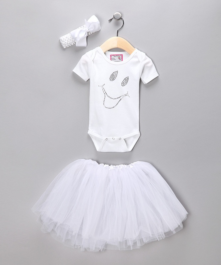 This is on Zulily, but I am totally going to steal the idea and make my own for Farrah for Halloween. Guess my family will be ghosts this year!