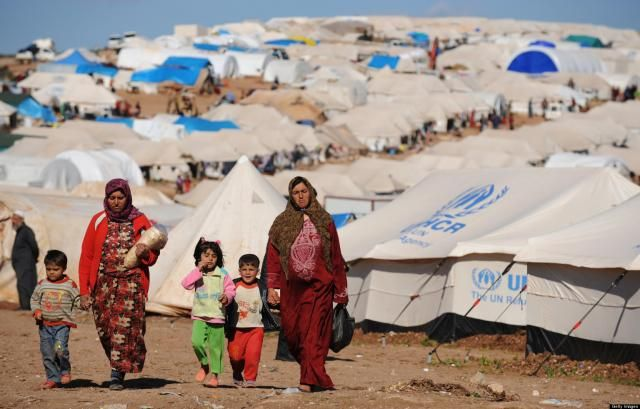 Refugees' Social Trajectories and Trajectories of the Self