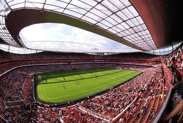 Londoners have a ravenous appetite for sports, football in particular. London boasts six teams playing in the Premiership and ten other teams in lower divisions of professional football.