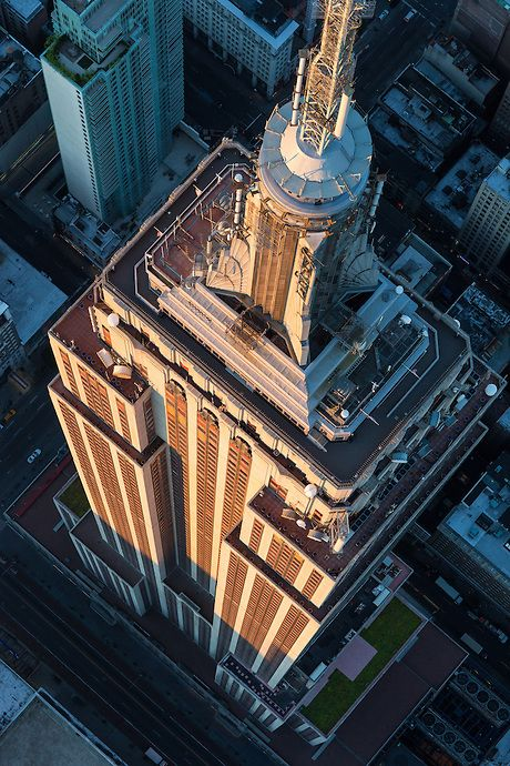 NYC. Empire State Building in the evening, from above of 32nd St. and Fifth Ave.