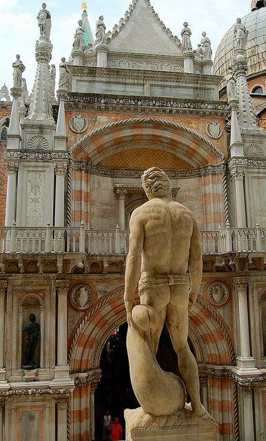 Facade of the Dodge's Palace, by the entrance steps, Venezia, province of Venezia , Veneto region Italy