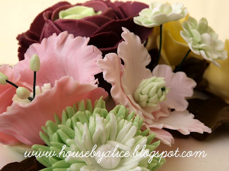 Kwiaty z masy cukrowej czyli fondant flowers